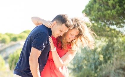 Séance couple engagement plage Espiguette-84